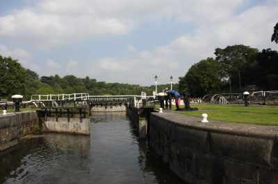 Vale Royal lock - the huge locks still seem incongruous on such a quiet river...