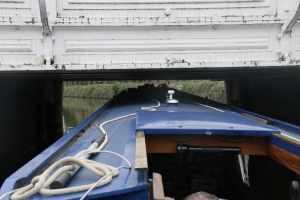 Creeping under the Town Bridge in Tonbridge - plenty of room!