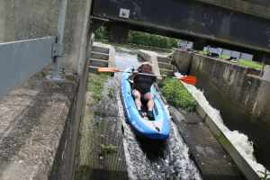 And sometimes narrowboaters (in this case the skipper of nb Gertrude) turn into canoeists and give the race a go...