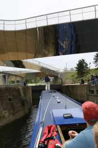 Turning under the reflective bridge at Carpenter's Road lock - has to be done!