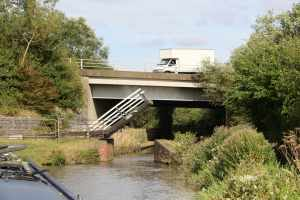 Two bridges - so different - they've only just allowed enough headroom for boats under the M40 - imagine lifting that for a narrowboat :-)