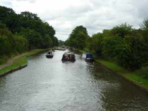 Plenty of room to move on a broad canal - we split up to let the widebean through the middle...