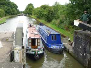 Then we come together for the lock entry - I really enjoyed cruising with Jean and David..