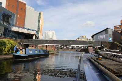 Great city centre mooring...